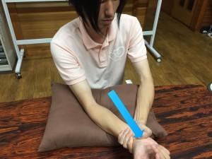 脳卒中肘運動002