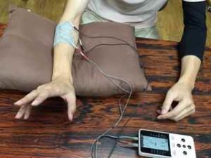 EMS 手指 伸展